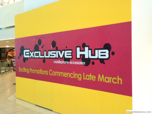 Exclusive Hub<br/><br/>Hoarding<br/>Digital print, Install